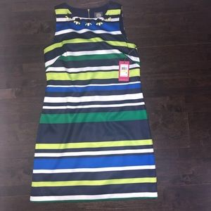 Vince Camuto NWT size 4 dress